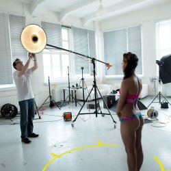 'Fast Glam' Behind The Scenes - Glamour Photography - 001