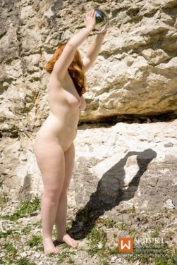 Artistry Nude - Sphere Shoot by Mathieu Decodts