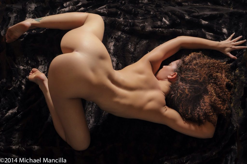 Michael Mancilla - Experienced Amateur - Nude & Glamour Photography - Showcase