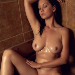 Focuspuller - Experienced Amateur - Nude & Glamour Photography - Showcase